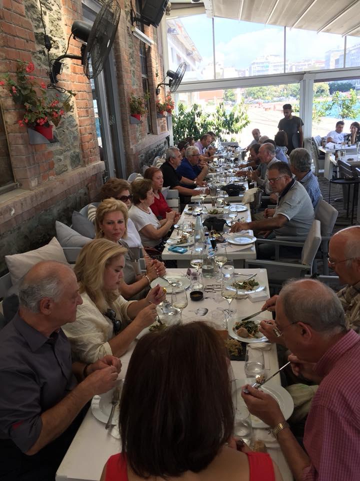 Με φίλους Ευρυτάνες από τον Σύλλογο Ευρυτάνων Θεσσαλονίκης, στο Kitchen Bar της Θεσσαλονίκης στα πλαίσια της ΔΕΘ 2018