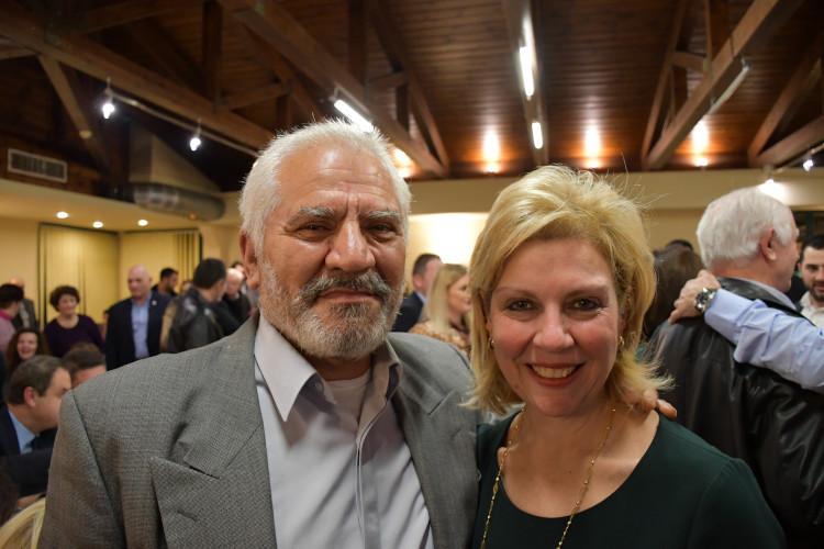 η υποψήφια βουλευτής Ευρυτανίας Θωμαΐς Οικονόμου με τον κ. Απόστολο Μπακογιάννη
