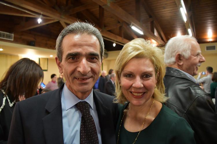 η υποψήφια βουλευτής Ευρυτανίας Θωμαΐς Οικονόμου με τον κ. Χρήστο Μπούρα