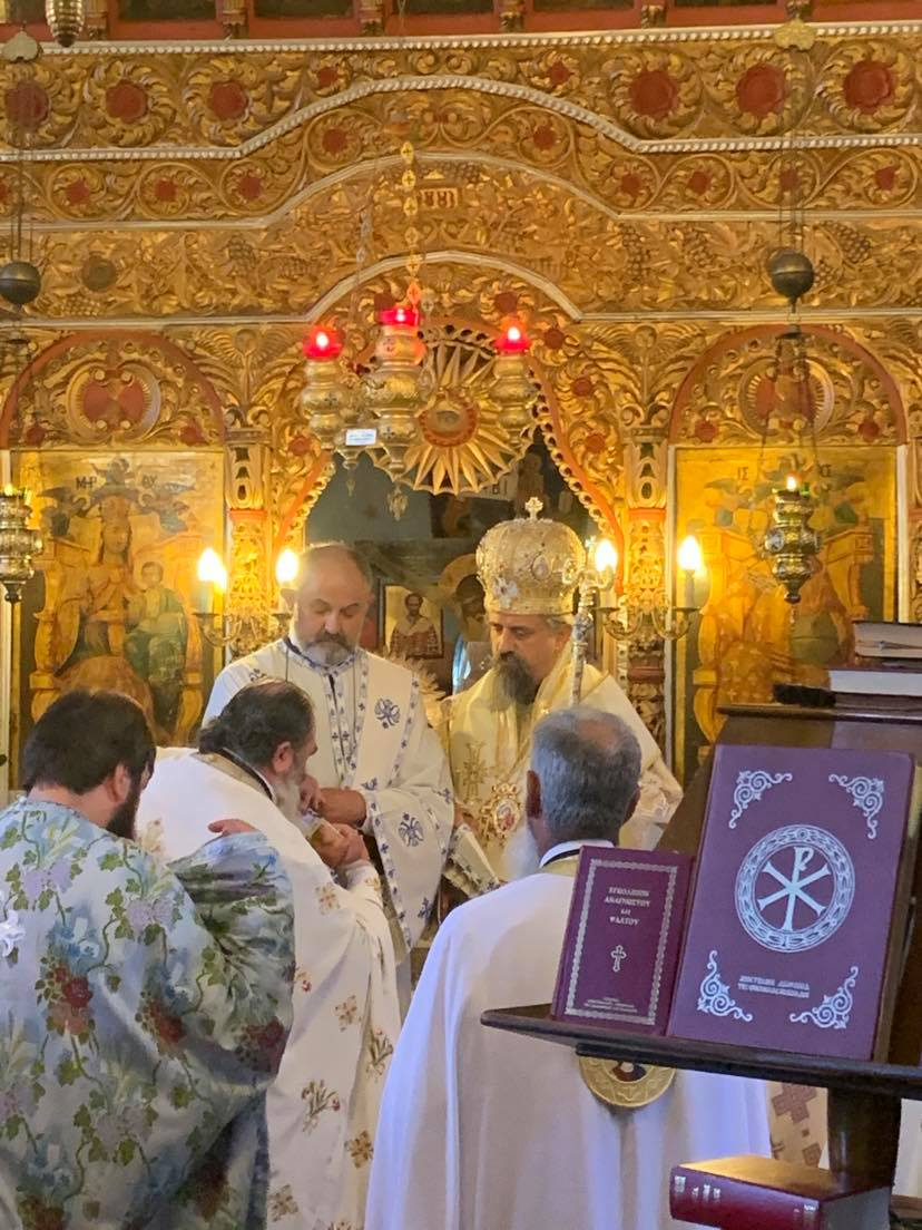 Στην πανηγυρική Θεία Λειτουργία της 8-9 στον ΙΝ Γεννήσεως της Θεοτόκου στη Δυτική Φραγκίστα - Χειροτονία του Πατρός Χρήστου 3